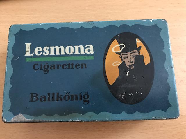 Lesmona Zigarettenfabrik Ballkönig