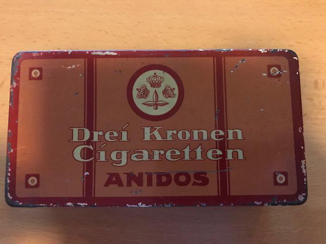 Drei Kronen Cigaretten Anidos